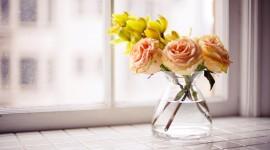 Bouquet In A Vase Desktop Wallpaper