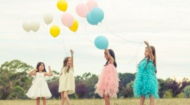 Children With Balloons Wallpaper Free