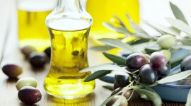 Olive Oil Desktop Wallpaper