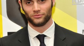 Penn Badgley Best Wallpaper
