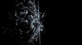 4K Broken Glasses Desktop Wallpaper