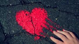 4K Broken Heart Wallpaper