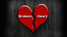 4K Broken Heart Wallpaper For Desktop