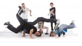 Acrobatic Break Dance Photo