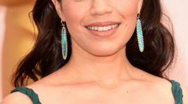 America Ferrera Wallpaper For IPhone 6