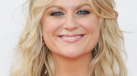 Amy Poehler Wallpaper Download Free