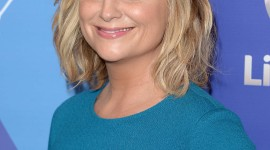 Amy Poehler Wallpaper For IPhone Free