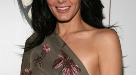 Angie Harmon Wallpaper For IPhone 7