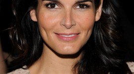 Angie Harmon Wallpaper For The Smartphone