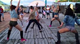 Booty Dance Wallpaper HQ