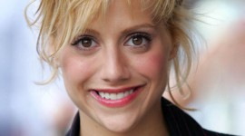 Brittany Murphy Wallpaper For IPhone 6