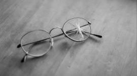 Broken Glasses Best Wallpaper