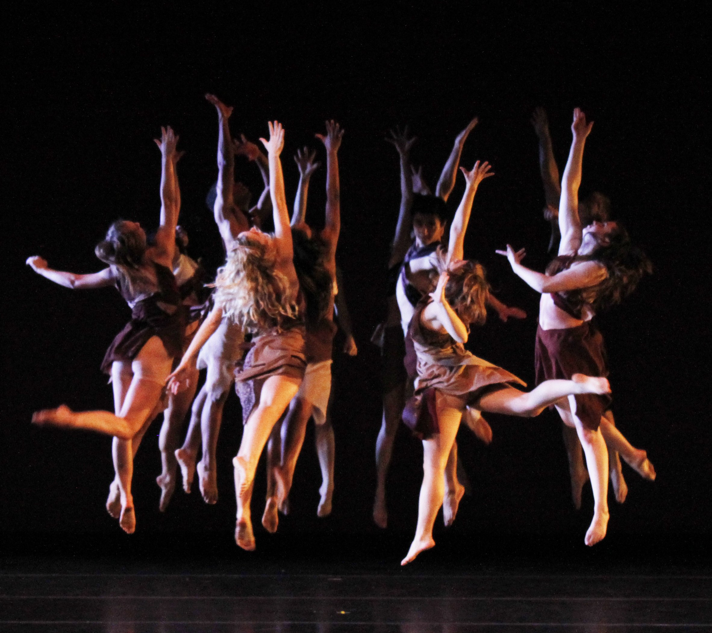 ballet and modern dance Doors 7:00 pm • showtime 7:30 pm $8 advance • $10 door buy tickets: http:/ /wwwbrownpaperticketscom/event/2538198.