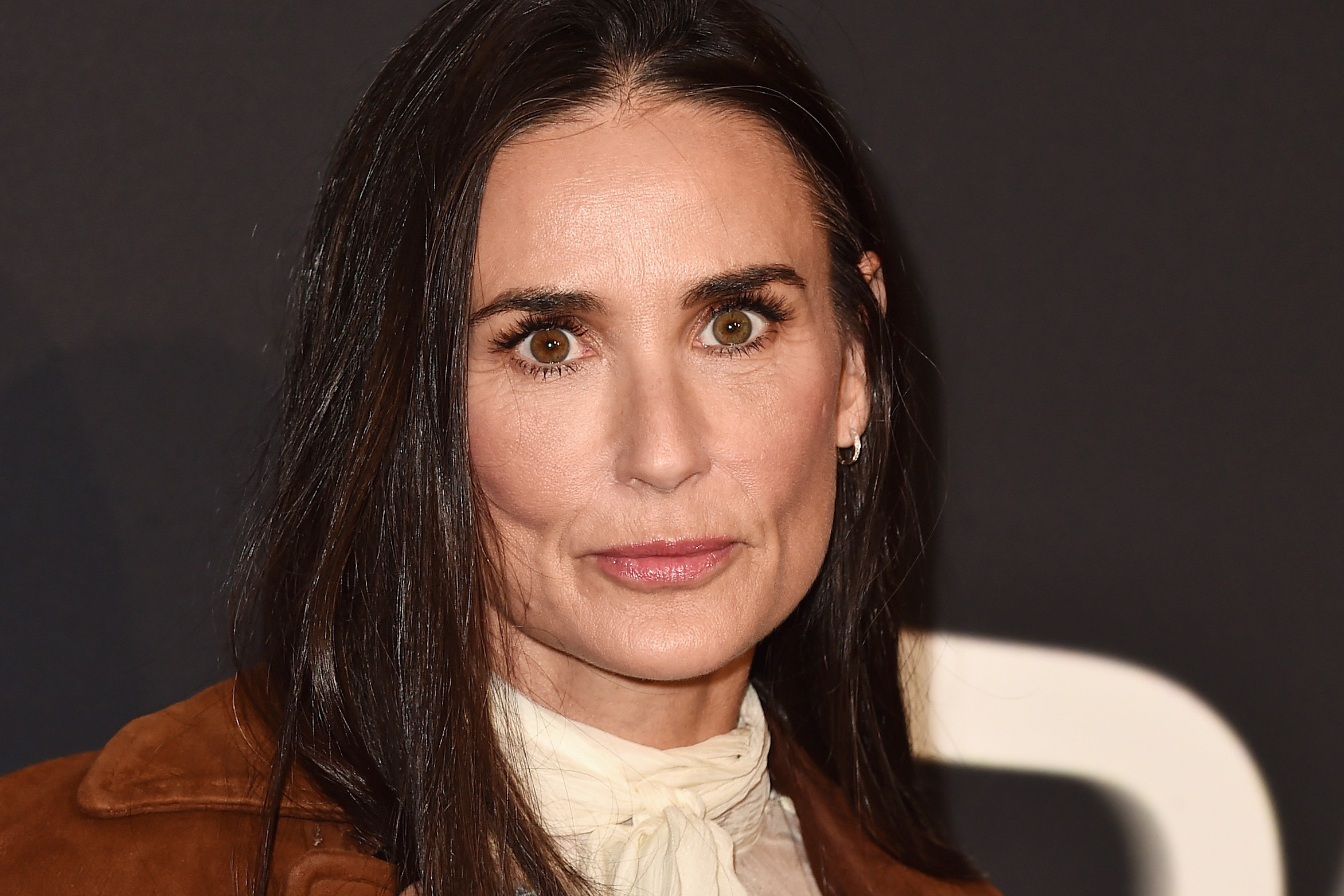 Demi Moore Wallpapers High Quality Download Free