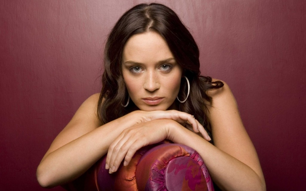 Emily Blunt wallpapers HD