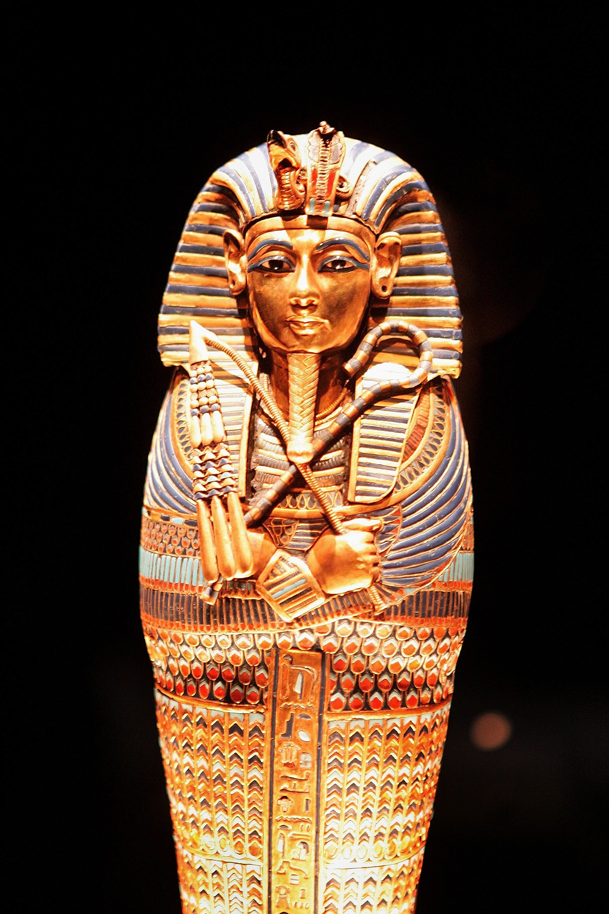 research on king tut Kids learn about the biography of tutankhamun of ancient egypt the pharaoh and boy king famous for the treasures of his tomb.
