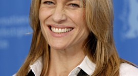 Robin Wright Penn Wallpaper For IPhone Download