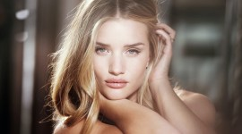 Rosie Huntington-Whiteley Wallpaper Download Free