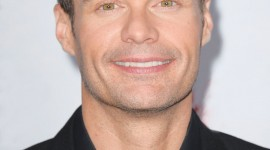 Ryan Seacrest Wallpaper For IPhone Free