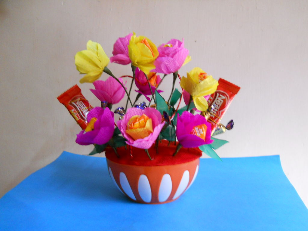 Send A Candy Bouquet Wallpapers High Quality Download Free