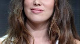 Alycia Debnam-Carey Wallpaper For IPhone Free