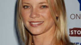 Amy Smart Wallpaper For IPhone