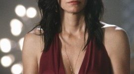Courteney Cox Wallpaper For IPhone 7