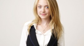 Dakota Fanning Wallpaper For Desktop