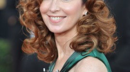 Dana Delany Wallpaper For IPhone
