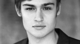 Douglas Booth Wallpaper For IPhone Download