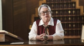 Kathy Bates Wallpaper