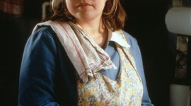 Kathy Bates Wallpaper For IPhone Free