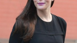 Liv Tyler Wallpaper For IPhone Free