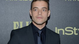 Rami Malek Wallpaper Background