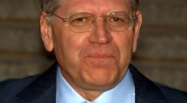 Robert Zemeckis Wallpaper Download Free