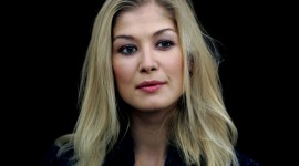 Rosamund Pike Wallpaper For Desktop