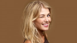Rosamund Pike Wallpaper HD