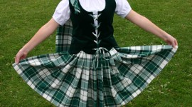 Scottish Dancing Wallpaper For IPhone