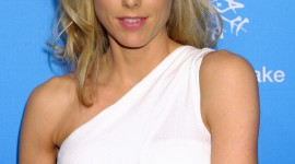 Tea Leoni Wallpaper For IPhone Free