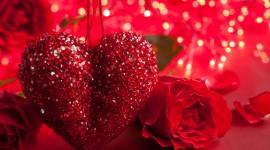 4K Heart Of Roses Desktop Wallpaper