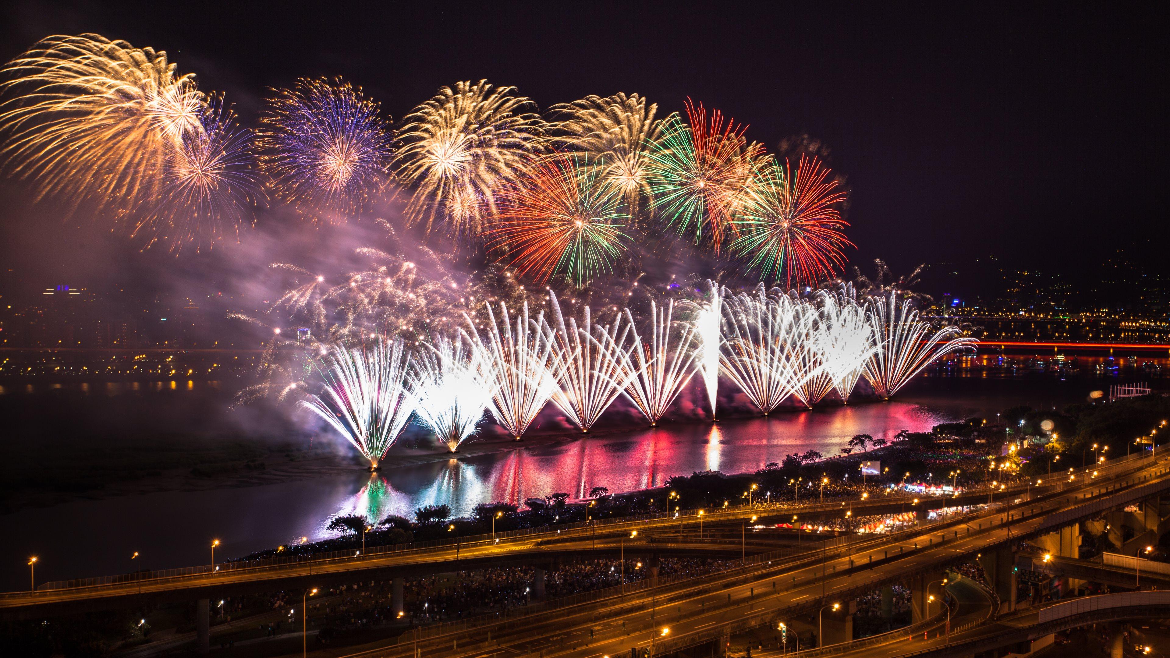 Fireworks Wallpaper Free