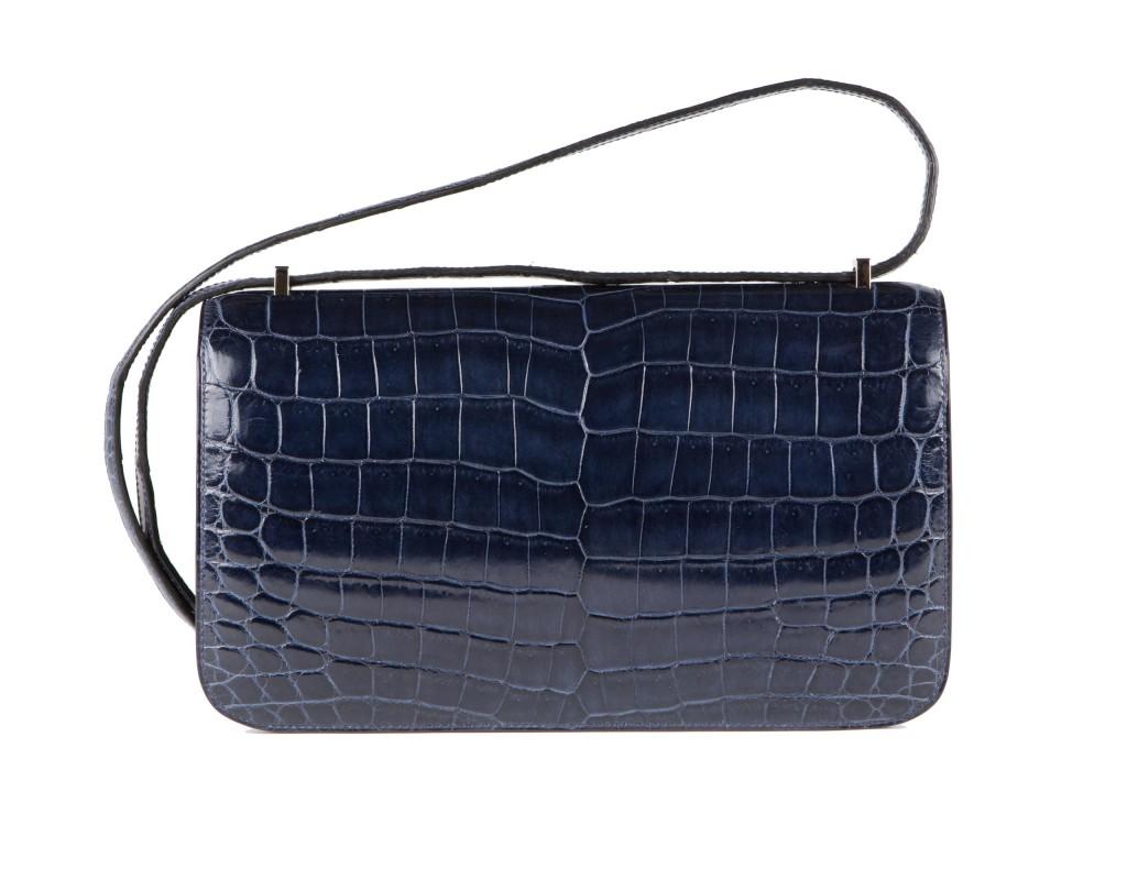 Bag Of Crocodile wallpapers HD