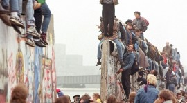 Berlin Wall Wallpaper For IPhone Free