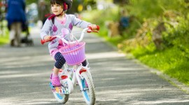 Children On Bicycles Desktop Wallpaper HD