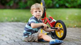 Children On Bicycles Wallpaper Download