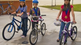 Children On Bicycles Wallpaper Full HD