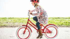 Children On Bicycles Wallpaper Gallery