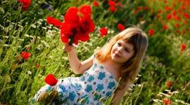 Children With Flowers Best Wallpaper