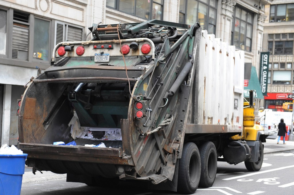 Garbage Truck wallpapers HD