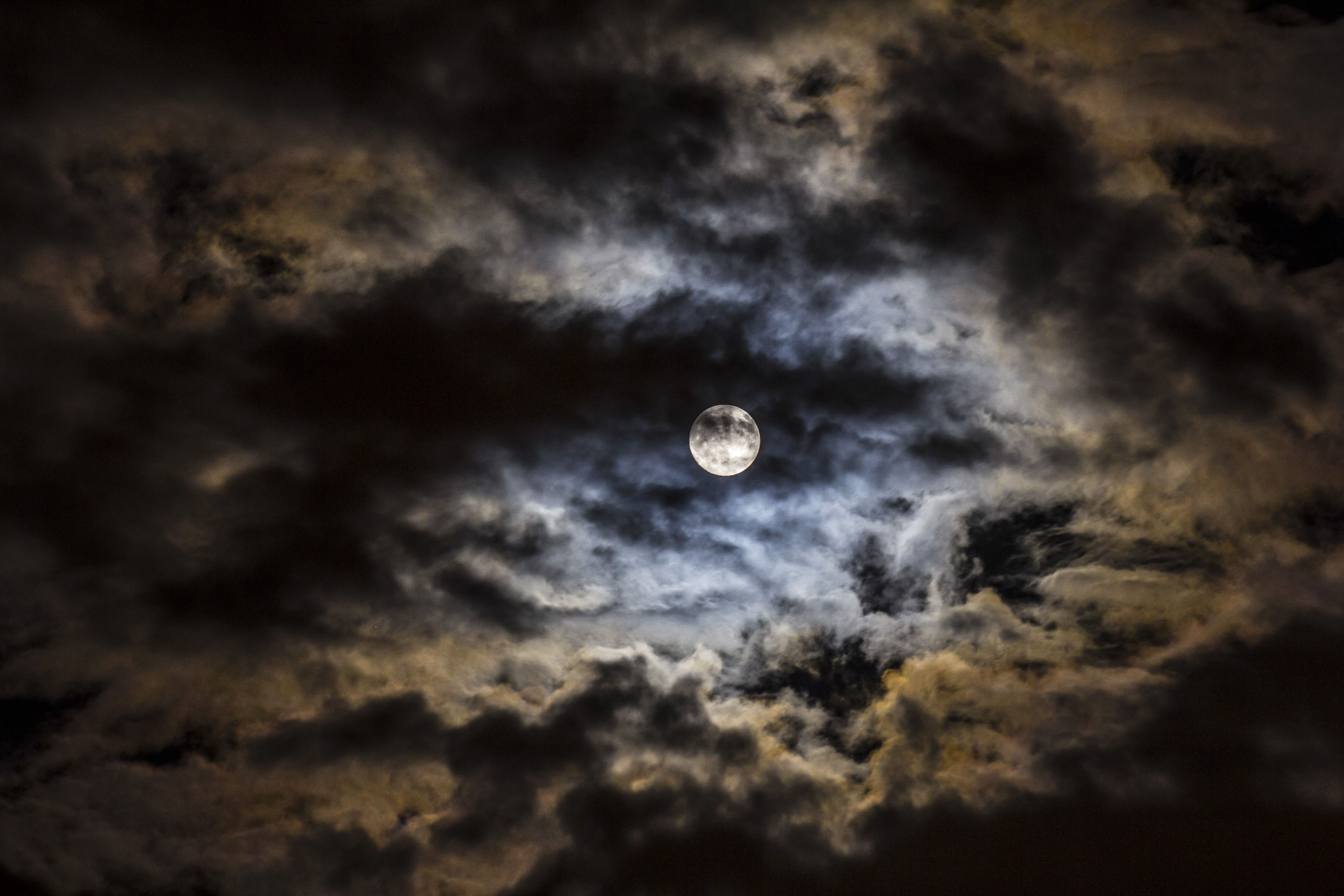 Images of moon in clouds